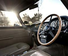Aston Martin #photo #aston #martin