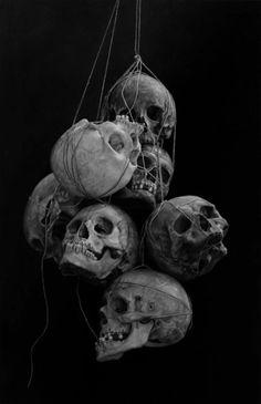 tumblr_lnkmqypIUO1qa6x26o1_500.jpg (452×700) #skulls