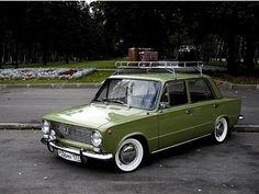 88cb4e64e4d19050-main.jpg 480×360 pixels #lada #car #vintage