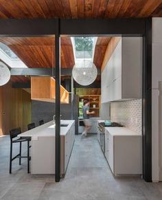 kitchen, Mid-Century-Modern Renovation by Flavin Architects