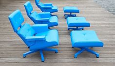 tumblr_m69fvlkZkD1qm3r26o1_1280.jpg (550×317) #blue #design #chair #eames