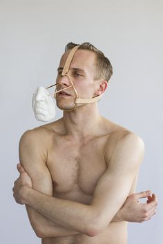 Daniel Ramos Obregón's Wearable Porcelain Sculptures #ramos #porcelain #body #art #daniel #work
