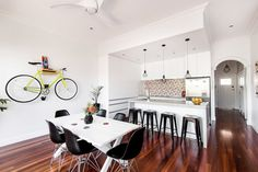 Old Maylands Cottage Turned into a Mid-Century Modern Home
