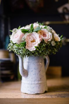 New-York-City-Elopement-1 #apple #bun #blossom #city #big #the #bride #car #taxi #nyc #wedding