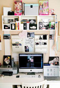 organized chaos workspace by shutterblog