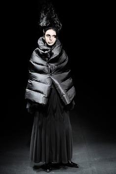 Junya Watanabe: Fall 2009   Sgustok Design