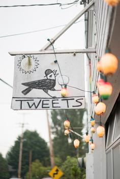 tweets cafe