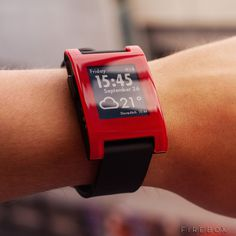 Pebble Smartwathch #tech #flow #gadget #gift #ideas #cool