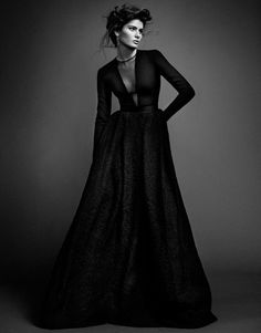 Isabeli Fontana by Sergi Pons for El Pais #model #girl #photography #fashion #bw #beauty