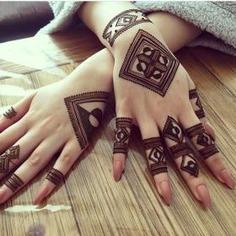 Stylish Mehendi Design Ideas