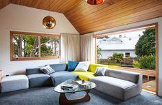 Marine Parade House – Cedar-Clad Home