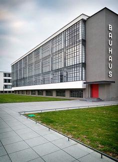 Bauhaus at Dessau at iainclaridge.net #walter #bauhaus #gropius #dessau
