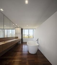 Modern Summerhouse Near Sao Paulo by Studio Arthur Casas 14