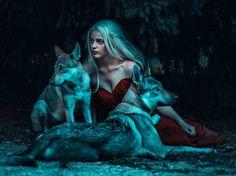 Dreamlike Portrait Photography by Damien Casals