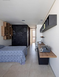 bedroom / Martins Lucena Architects