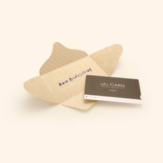 These cute message cards conveniently fold into envelopes! Each envelope message card is blank inside and features gold foil detailing on the top flap. Perfect for adorning gifts or sending notes and greetings.