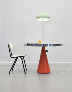 camp_furniture_stephanie_hornig_2.jpg #lamp #chair #table