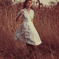 17 Year Old Surreal Photographer: Maria Sardari #photography
