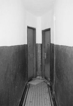 NEW WORK BY AURELIEN ARBET & JEREMIE EGRY #artwork #door #photography