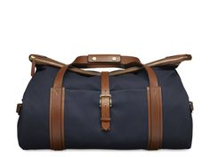 Large travel bag in minimalist design from Mismo.