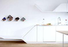 360 SHELF: Adjustable shelf by Luka Pirnat