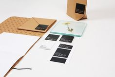 http://evamorell.es/blog/?paged=4 #identity #stationery