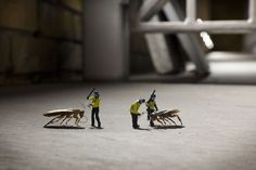 little_people_street_art_6 #miniature #diorama #art