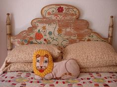 beautiful headboard and pillowcases #interior #lion #retro #wood #pillow #patchwork #bed #rustical #flowers