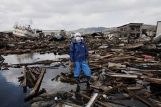 Japanese Earthquake by Q. Sakamaki #inspiration #photography #documentary