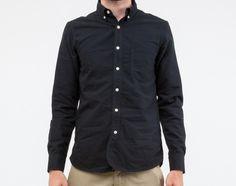RT black shirt