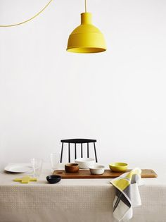 Wood + yellow. #lamp #kitchen #yellow #color