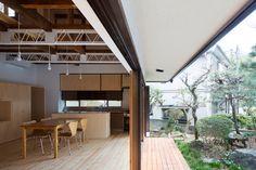 Double Border House by Suzuki Architects