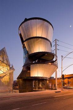st_290611_02.jpg (изображение «JPEG», 728×1100 пикселов) - Масштабированное (67%) #by #eric #moss #tower #owen #samitaur