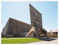 Google Image Result for http://3.bp.blogspot.com/-rlOoqlt2sbE/TdJpYCu6L0I/AAAAAAAAARU/ovf4rtC4QWw/s1600/stjohns1.jpg #johns #concrete #abbey #modern #marcel #breuer