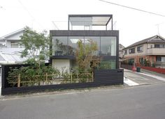 House in Tamagawa by Case Design Studio