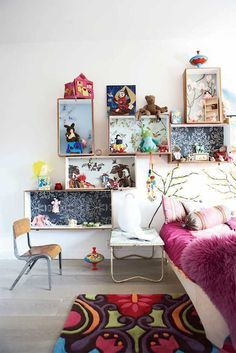 DIY Recycled Crate Storage for Kids via family-living-se #interior #room #design #decor #deco #kids #childrens #decoration