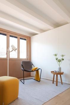 Mini Apartment in Gracia by YLAB Arquitectos