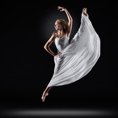 The Beauty of Ballet: Dance Photography by Richard Calmes