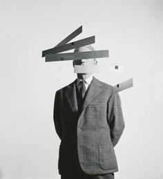bruno-munari-macchina-inutile-1953-1968-foto-aldo-ballo-s_bigger.jpg (JPEG Image, 300x330 pixels) #munari #design #usless #machine