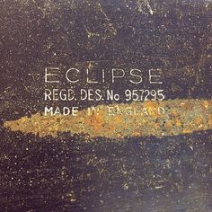 Mr.Clouston #font #eclipse #rough #blade #saw #metal