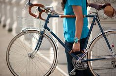 Bicycle Frame Handle | Walnut Studiolo #leather #bicycle