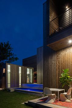 South Fourth Street House by Bercy Chen Studio