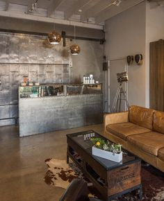 Los Angeles Stylist Salon House with an Urban Look and Feel 7