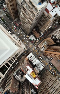 New York City, USA. One day was not enough to see everything. #york #photography #rooftop #new