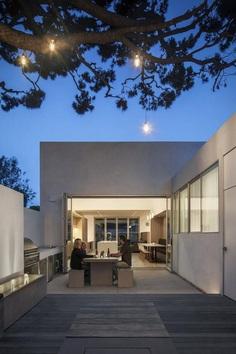 Corner Pocket House by Edward Ogosta Architecture 13
