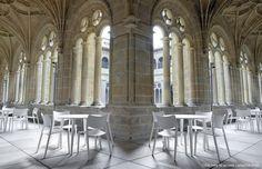 STUA, Laclasica design wood chair with Lau wood table #tua #spain #museum #design #interiors #san #furniture #telmo #cloister