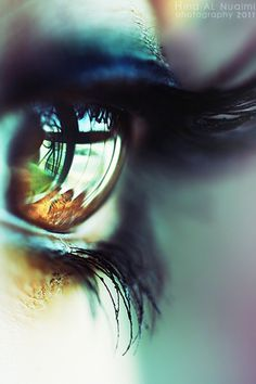35 Emotional Eye Pictures
