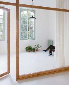 Glazed wall. R02 by Edouard Danais and Anna Le Régent. © Antoine Séguin. #glasswall