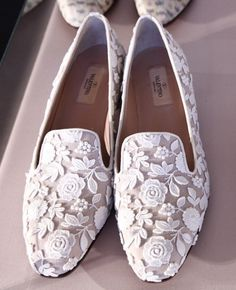 Pinned Image #white #shoes #lace #valentino