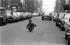 billeppridgeskateboardinginnyc_12.jpeg #b&w #oldschool #skateboard #1960s #york #nyc #new